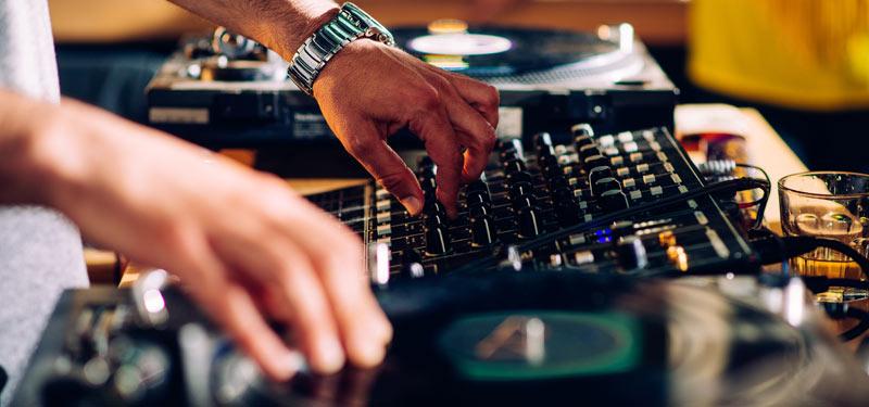 Top 5 EDM DJs Las Vegas